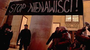 3Swiatelko do nieba dla Pawla Adamowicza w Warszawie