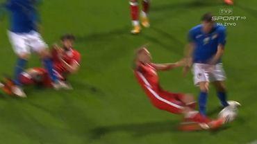 Faul Jacka Góralskiego w meczu Włochy - Polska