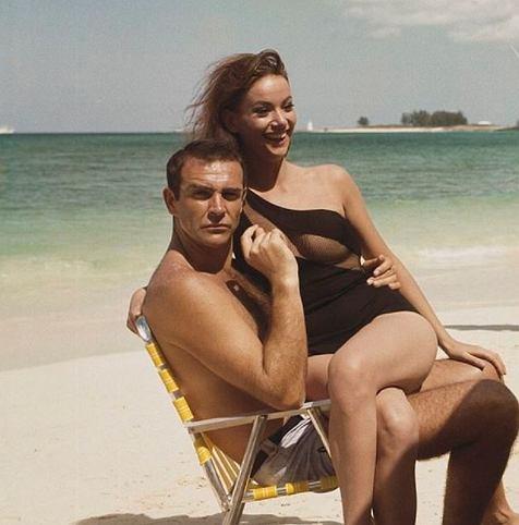 Zmarła dziewczyna Bonda.