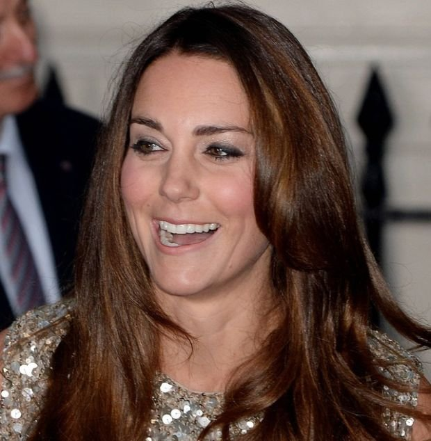 104564, LONDON, UNITED KINGDOM - Thursday September 12, 2013. Duchess of Cambridge, Catherine seen arriving at the inaugural of Tusk Trust Awards held at the Royal Society in London. **UK, AUSTRALIA & NZ OUT** Photograph: ? i-Images, PacificCoastNews.com **FEE MUST BE AGREED PRIOR TO USAGE** **E-TABLET/IPAD & MOBILE PHONE APP PUBLISHING REQUIRES ADDITIONAL FEES** LOS ANGELES OFFICE: +1 310 822 0419 LONDON OFFICE: +44 20 8090 4079