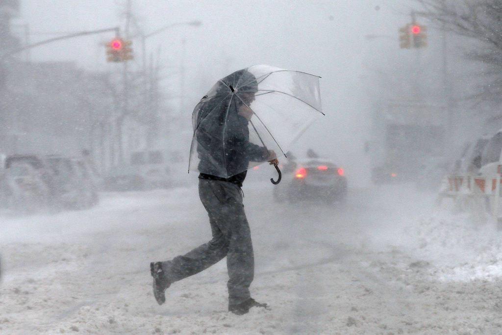 Śnieżyca na Harlemie w Nowym Jorku