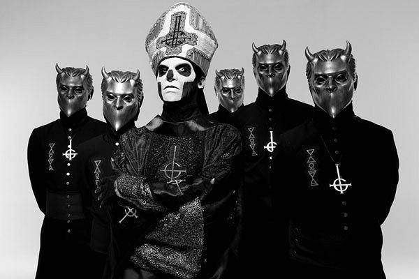 Zespół Ghost: któryś z kolei Papa Emeritus na czele jednego ze składów Bezimiennych Ghuli