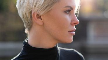 Modne fryzury do włosów krótkich. Oto największe hity na 2020 rok! W dodatku odmładzają