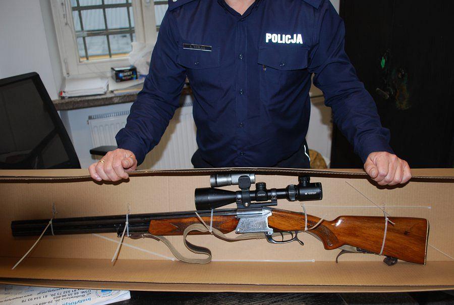 Broń znaleziona w domu 28-latka, na którą nie miał pozwolenia