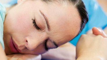 Ból porodowy nie trwa bez przerwy, jest czas na regenerację.