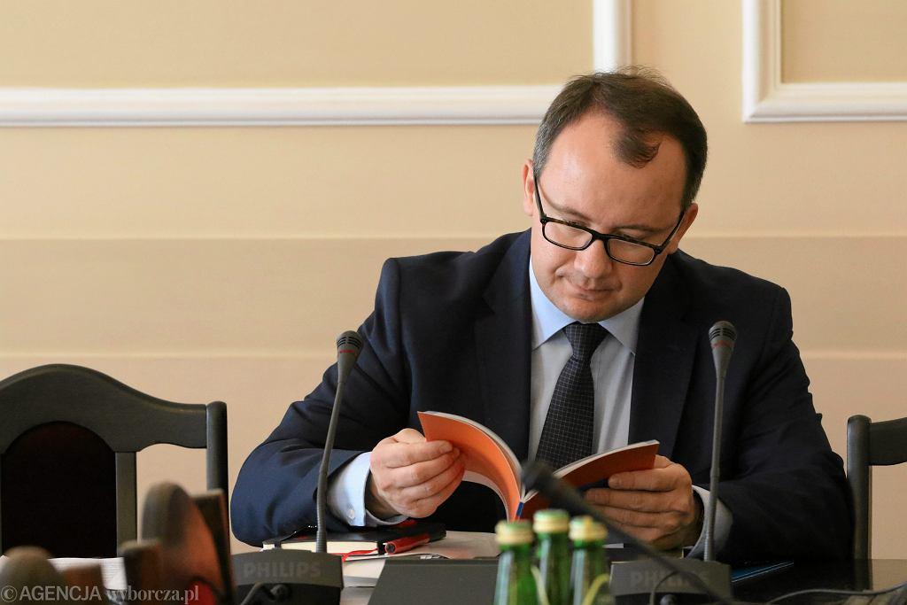 Adam Bodnar, kandydat na stanowisko Rzecznika Praw Obywatelskich. Przed głosowaniem PO wprowadza w klubie żelazną dyscyplinę