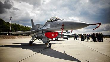 F-16 w Bazie Lotnictwa Taktycznego Polskich Sił Powietrznych w Łasku