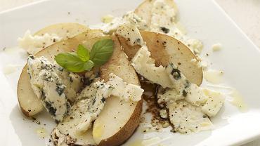 Sałatka z gruszki i sera roquefort