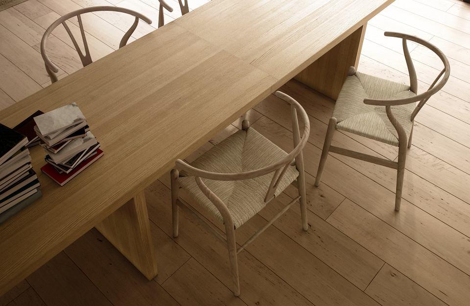 Krzesła do jadalni Wishbone Chair, które zaprojektował Hans Wegner.