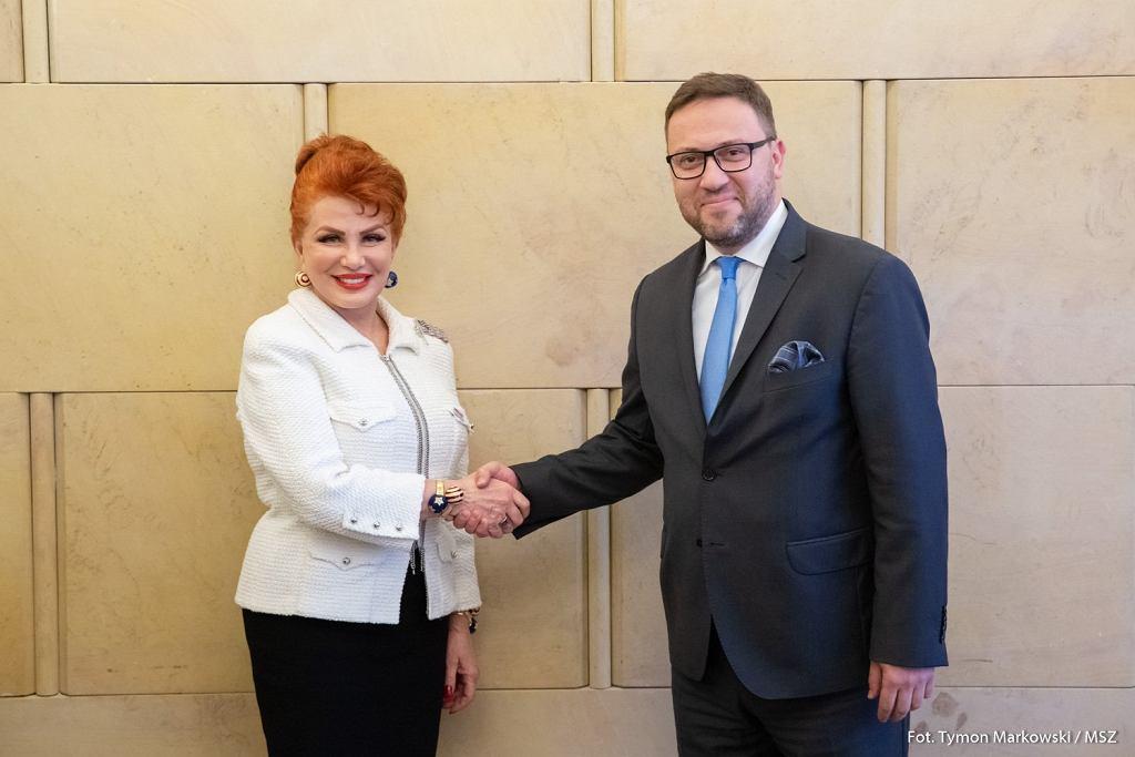 Georgette Mosbacher przekazała Bartoszowi Cichockiemu z MSZ listy uwierzytelniające