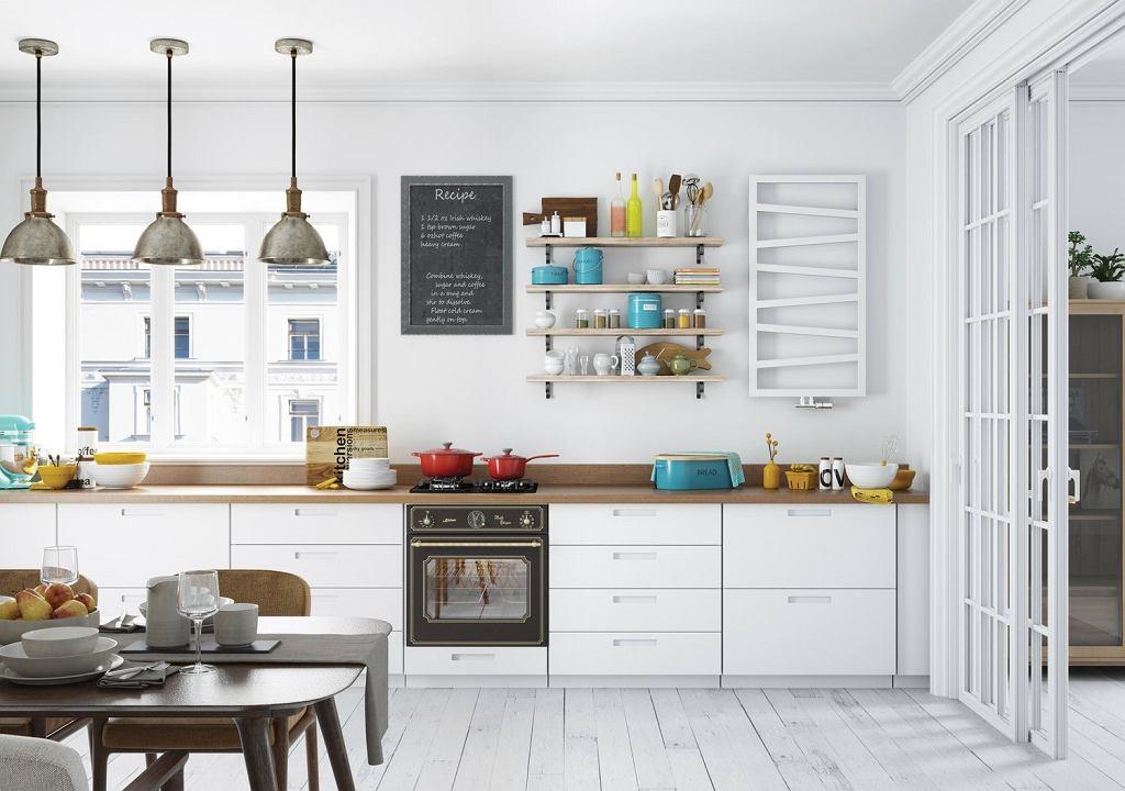 Blat drewniany w białej kuchni