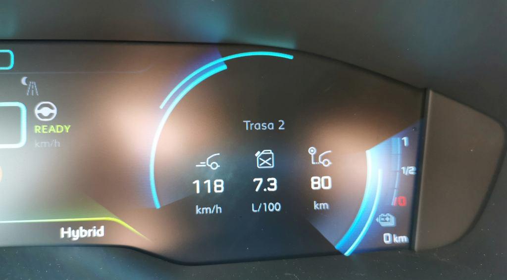 Peugeot 508 HYbrid, zużycie benzyny na drodze ekspresowej