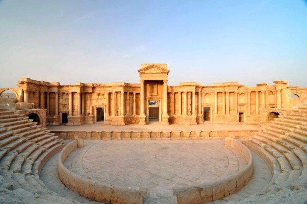Zdjęcie numer 0 w galerii - Wojska Asada odbiły Palimrę z rąk Państwa Islamskiego. Co się stało z zabytkami?