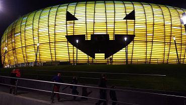 PGE Arena w Gdańsku zamieniła się na Halloween w ogromną dynię. Wewnątrz wszyscy spragnieni straszliwych emocji mogli pobawić się na imprezie organizowanej przez operatora stadionu.