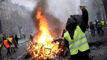 Francja. Protest przeciwko podwyżkom cen paliwa