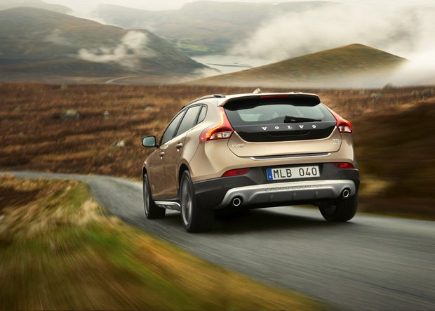 Volvo V40 Cross Country: marzenie tatusia