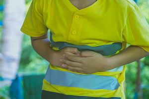 Ból żołądka u dziecka: przyczyny i leczenie