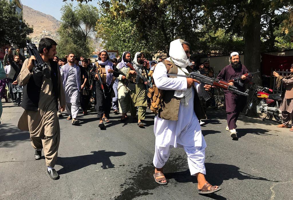 Talibowie rozpędzili protestujących , 7 września 2021 r.