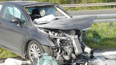 10.09.2017 r. Policyjne oględziny na miejscu wypadku śmiertelnego na drodze S3 na obwodnicy Gorzowa