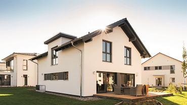 . O dofinansowanie na wymianę źródła ciepła oraz termomodernizację domu mogą ubiegać się właściciele i współwłaściciele domów jednorodzinnych lub wydzielonych mieszkań w budynkach jednorodzinnych
