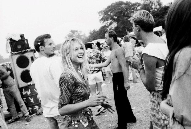 Zdjęcie numer 0 w galerii - Festiwal w Glastonbury 26 lat temu. Na scenach królowali The Proclaimers i Van Morrison
