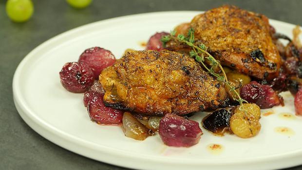 Udźce kurczaka z winogronami i szalotką - Bliski Wschód w naszej kuchni