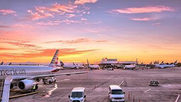 Przybywa lotnisk i samolotów. Czy porty lotnicze utoną w pozwach za hałas?