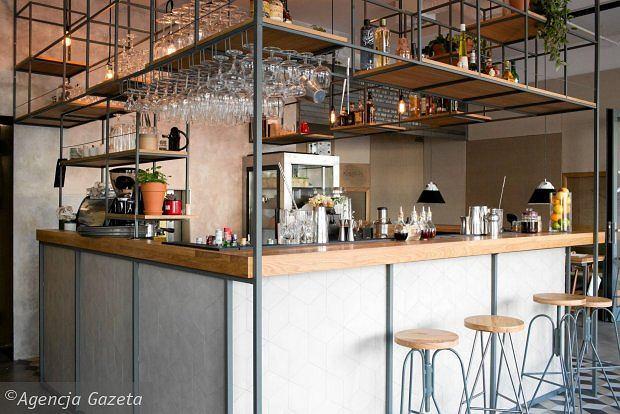 Zdjęcie numer 7 w galerii - Główna Osobowa to nowe miejsce w centrum Gdyni łączące restaurację z koktajl barem