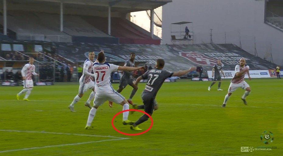Sytuacja z meczu Górnik Zabrze - Legia Warszawa
