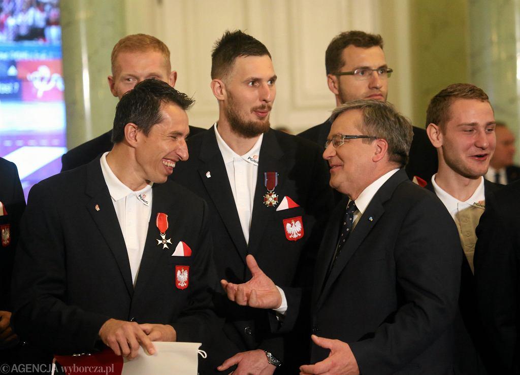 APilkarze reczni , brazowi medalisci MS - z wizyta u Prezydenta RP