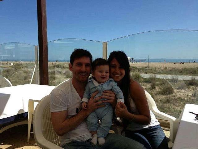 Pierwsza oficjalna focia Thiago Messiego