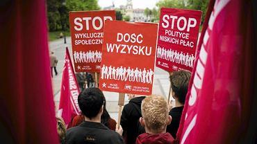Marsz organizacji Młodzi Socjaliści zorganizowany 1 maja