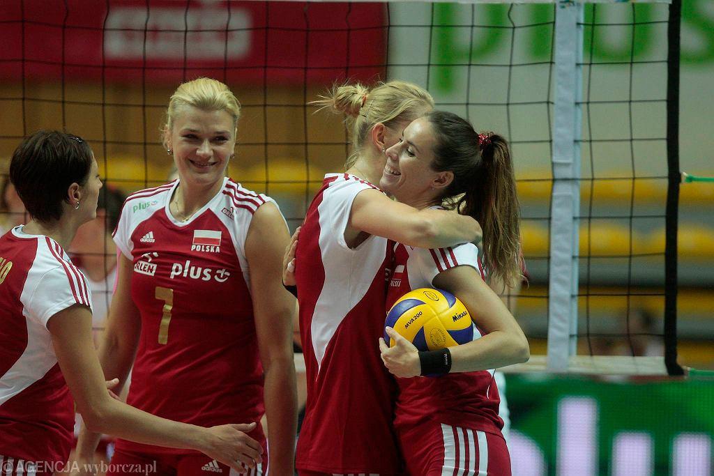 Małgorzata Glinka (z lewej) największa gwiazda reprezentacji Polski. Obok w objęciach Izabela Bełcik