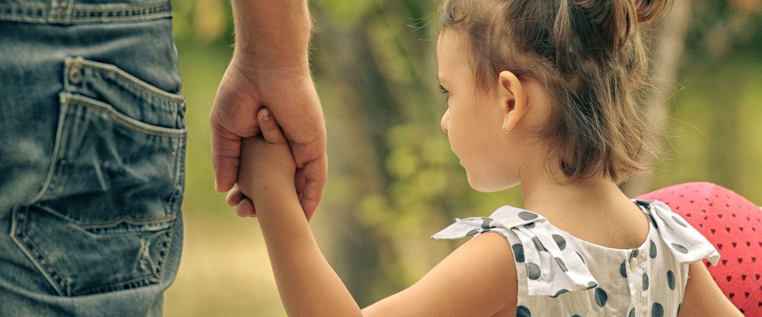 Ministerstwo Rodziny, Pracy i Polityki Społecznej chce ograniczyć adopcje zagraniczne. (mat.pras.)