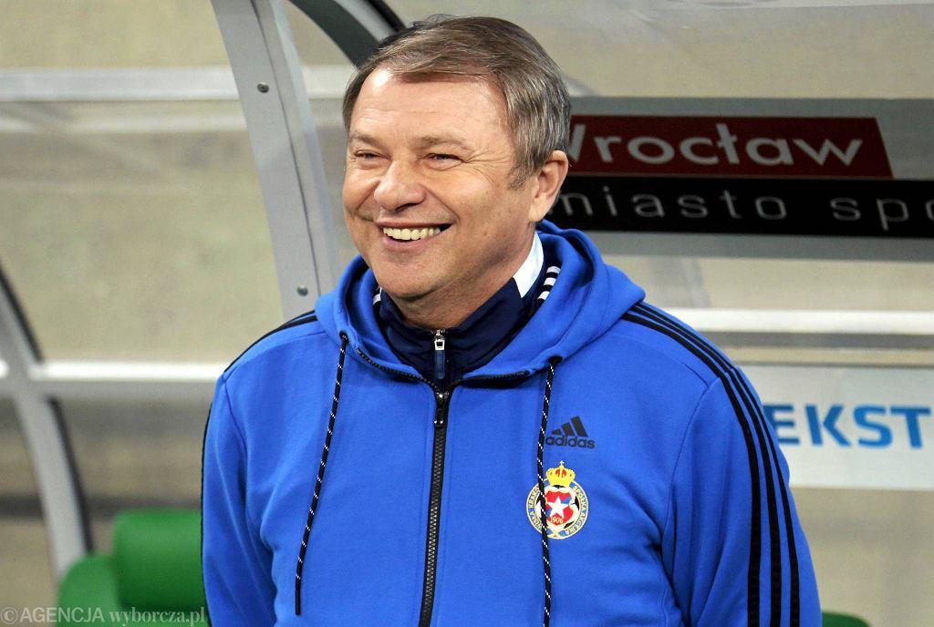 Tadeusz Pawłowski w tym sezonie pracował w Śląsku i Wiśle. Z obu klubów został zwolniony