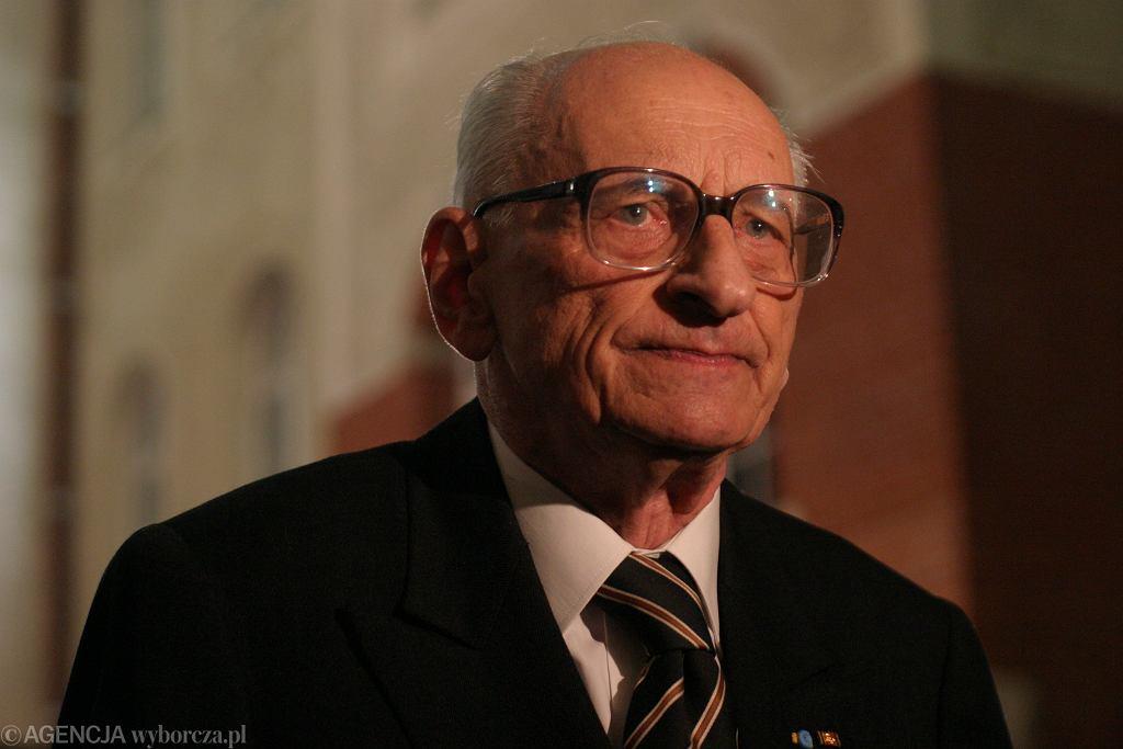 Władysław Bartoszewski. Na warszawskiej Woli stanie pomnik profesora