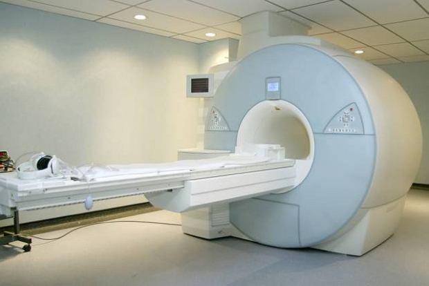 Aparat do rezonansu magnetycznego to rodzaj dużego
