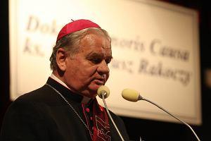 z27138365M,Biskup-Tadeusz-Rakoczy-zostal