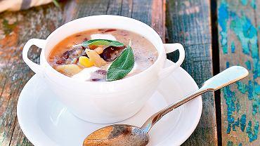 Szałwiowa zupa fasolowa