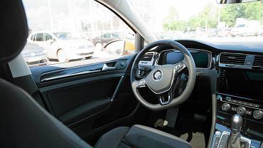Nowy Volkswagen Golf w Volkswagen Centrum przy ul. Brucknera