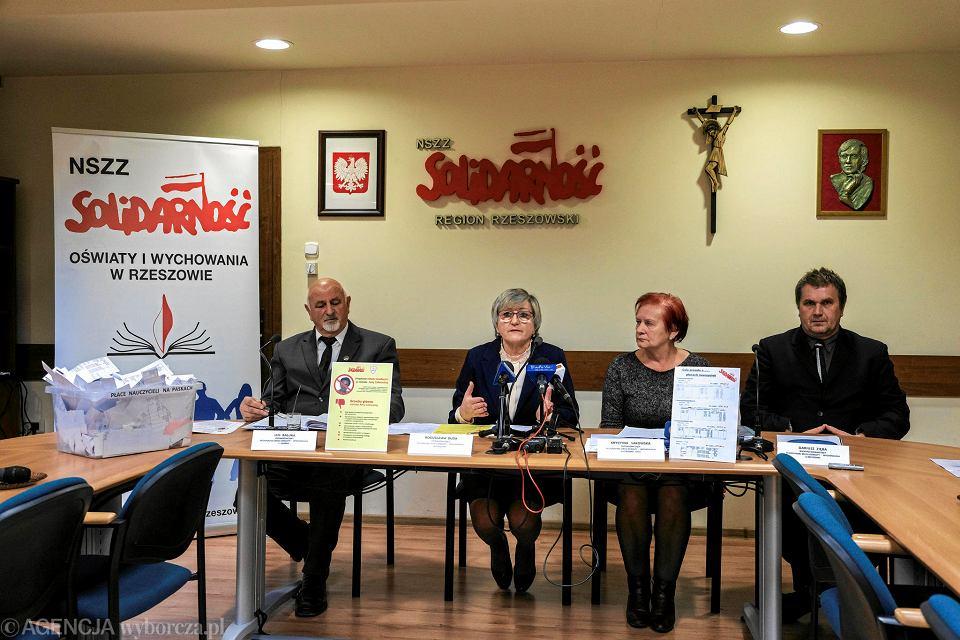 10.12.2018, Rzeszów, konferencja 'Solidarności' regionu rzeszowskiego na temat votum nieufności dla minister edukacji narodowej Anny Zalewskiej.
