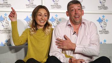 Wygrali 100 mln funtów na loterii. Nie mają zamiaru wiele zmieniać w swoim życiu