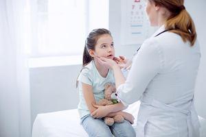 Usunięcie migdałków u dzieci oraz dorosłych. Jak wygląda zabieg?