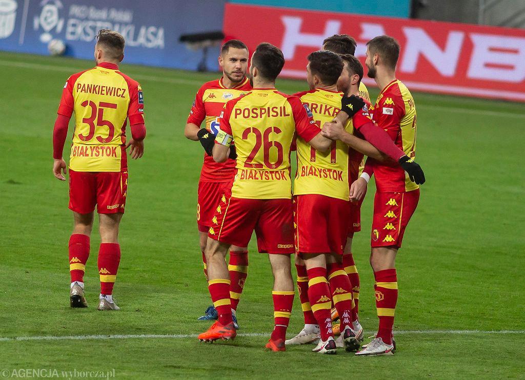 W poniedziałek (23 listopada) Jagiellonia Białystok w mocno okrojonym składzie pokonała na własnym stadionie Wisłę Płock 5:2. Hattrick zaliczył Jakov Puljić.