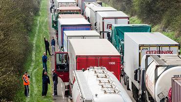 Nowe limity emisji dla ciężarówek w UE