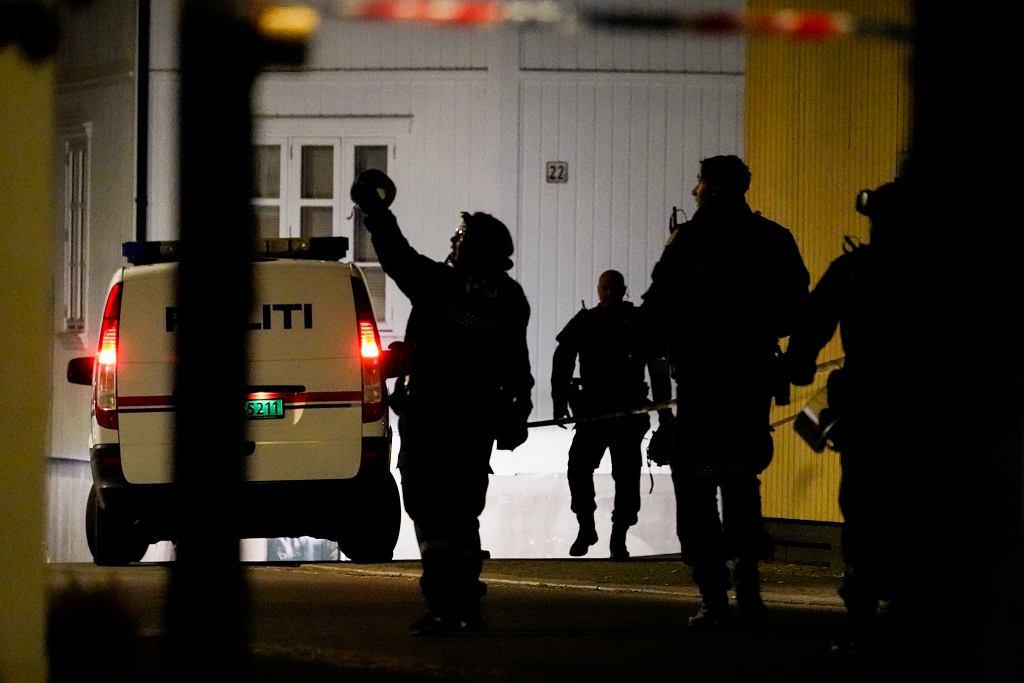 Norwegia. Atak w mieście Kongsberg, napastnik strzelał z łuku