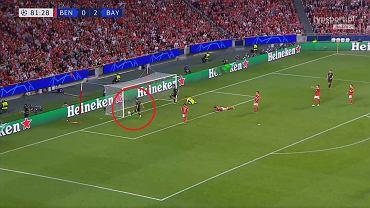 Gol Roberta Lewandowskiego w meczu z Benfiką
