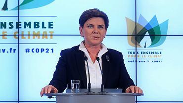 Premier Beata Szydło podczas konferencji.  Podtrzymała tezę, że rząd ma prawo badać legalność wyroków Trybunału. Nie podała, na jakiej podstawie prawnej