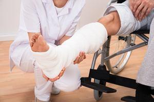 Wrodzona łamliwość kości: objawy i leczenie