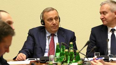 Grzegorz Schetyna i Robert Tyszkiewicz podczas posiedzenia Komisji Spraw Zagranicznych ws. sytuacji na Białorusi